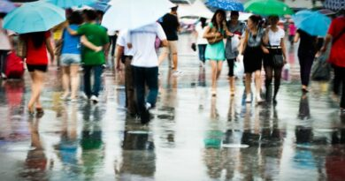 बारिश के मौसम में अपनी सेहत का ख्याल कैसे रखें